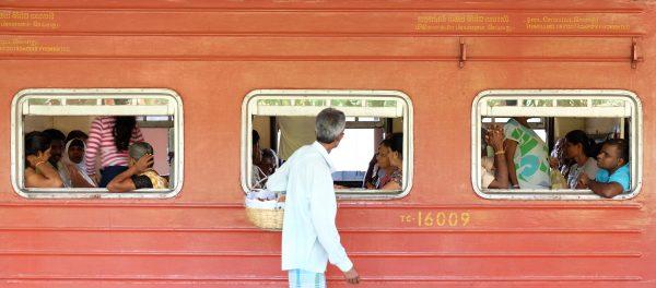 Train ride between Kandy and Ella